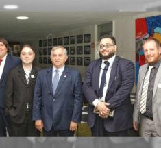 Senador Izalci Lucas (PSDB DF) recebe Sinagências em agenda institucional
